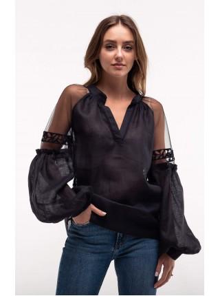 Чорна вишита блуза