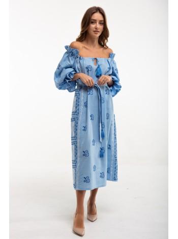 Сукня вишита блакитна