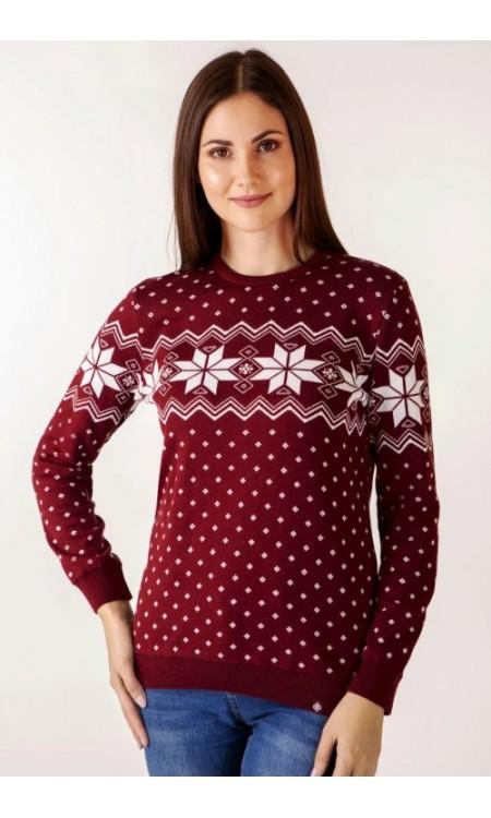 Женский свитер с зимними узорами