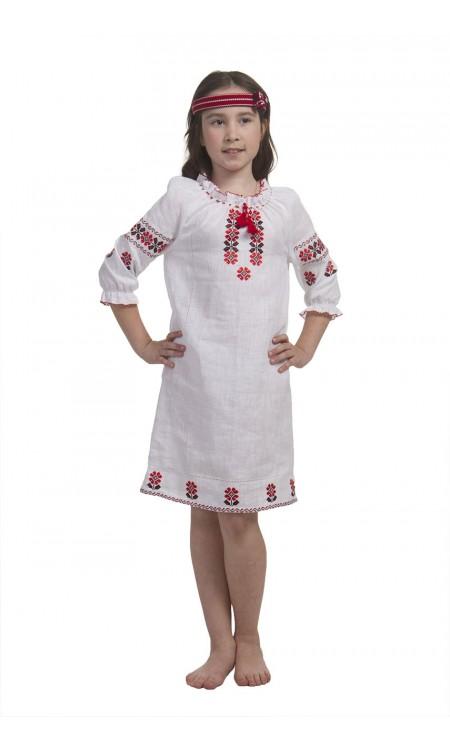 Вишита сукня для дівчинки, з червоною вишивкою