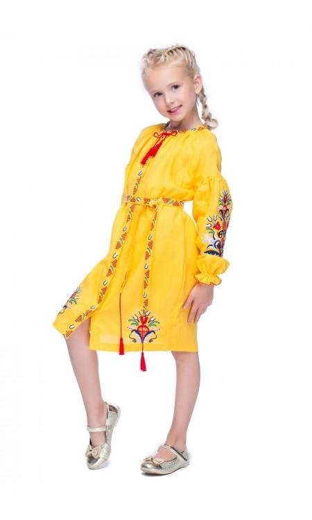 Вишита сукня для дівчинки, Півники