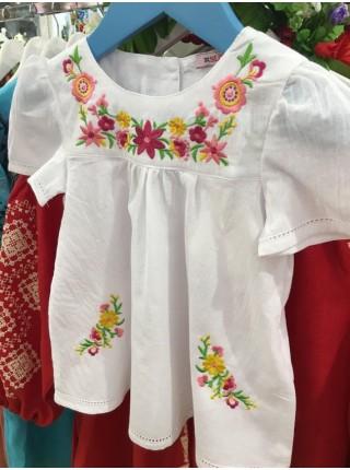 Вишита сукня для дівчинки, біла