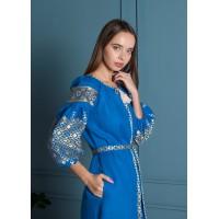 Синя лляна сукня із білою вишивкою