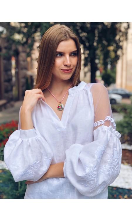 Чарівна лляна жіноча вишиванка з органзою, біла