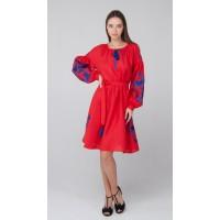 Червона лляна сукня з синьою вишивкою