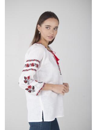 Жіноча вишиванка з червоними квітами біла